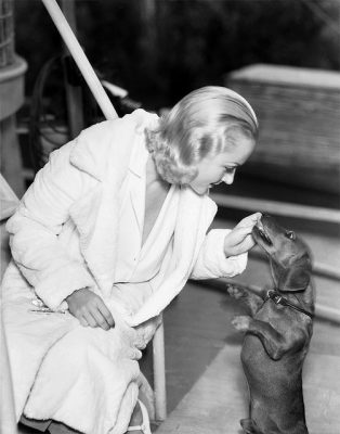 Carole-Lombard and her dachshund