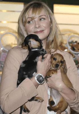 Kin Cattrall and her dachshunds